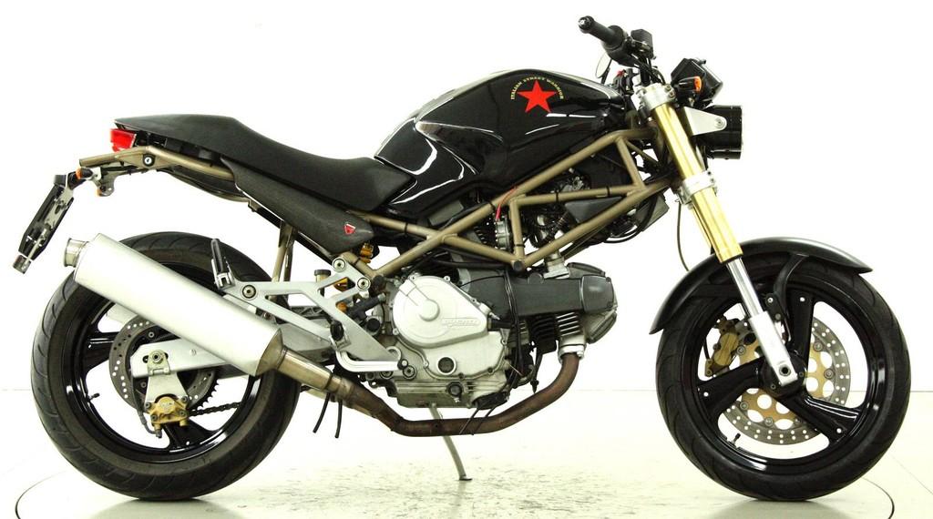 ducati 600 monster occasion motorr der moto center winterthur. Black Bedroom Furniture Sets. Home Design Ideas
