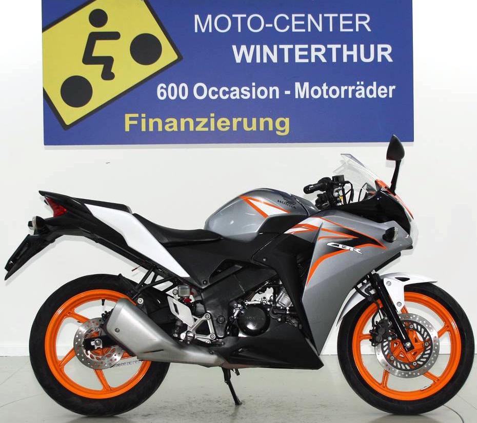 honda cbr 125 r 11 125 ccm motorr der moto center. Black Bedroom Furniture Sets. Home Design Ideas