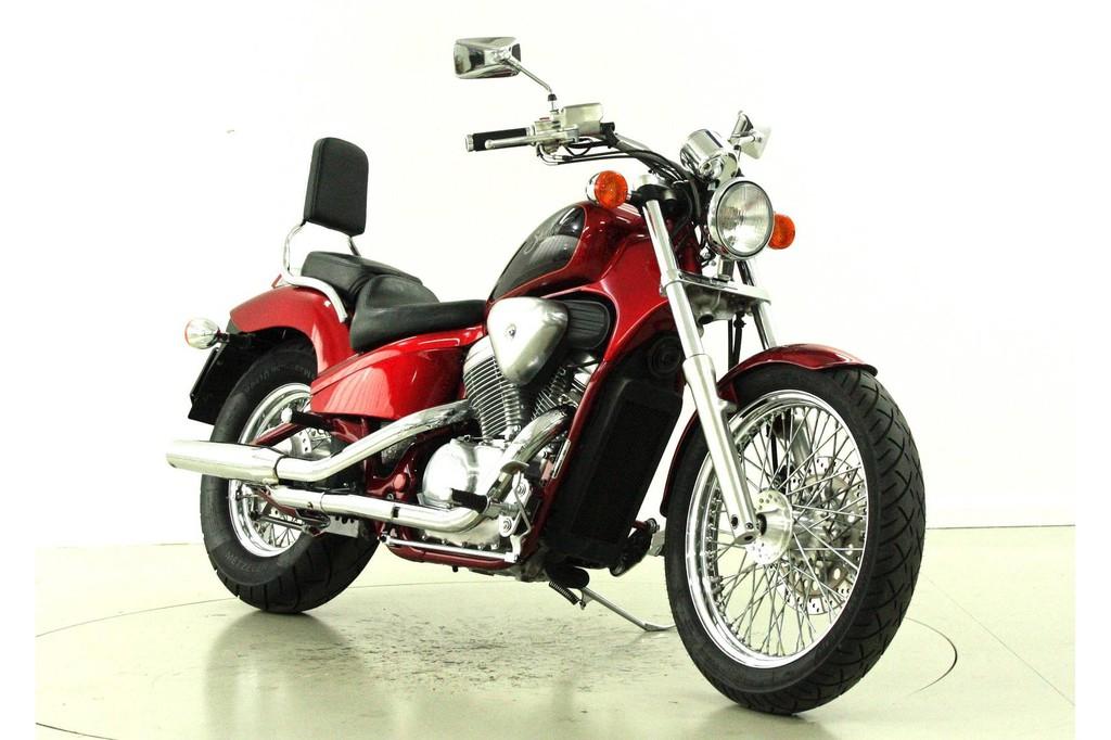 Honda VT600C Shadow - Chopper - Moto Center Winterthur