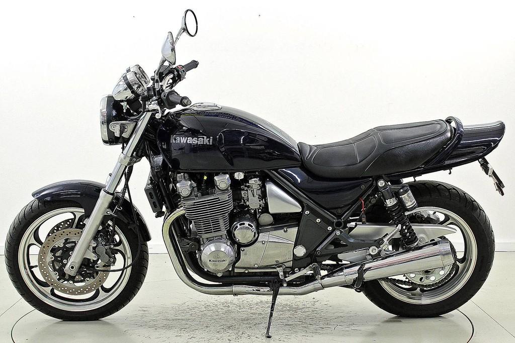 Moto Occasions acheter KAWASAKI Zephyr 1100 Moto-Center