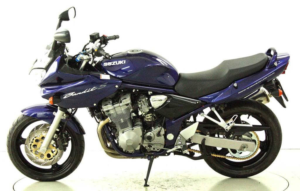 suzuki gsf 600 s bandit occasion motorr der moto center winterthur. Black Bedroom Furniture Sets. Home Design Ideas