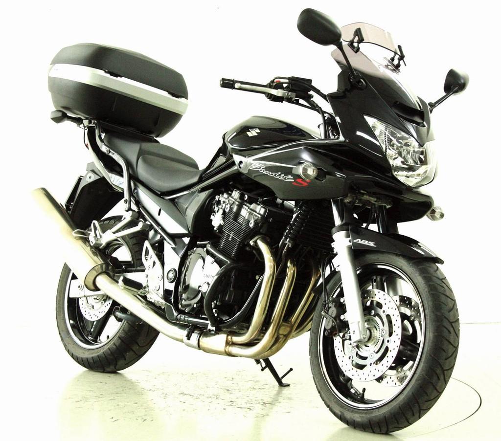 suzuki gsf 650 occasion motorr der moto center winterthur. Black Bedroom Furniture Sets. Home Design Ideas