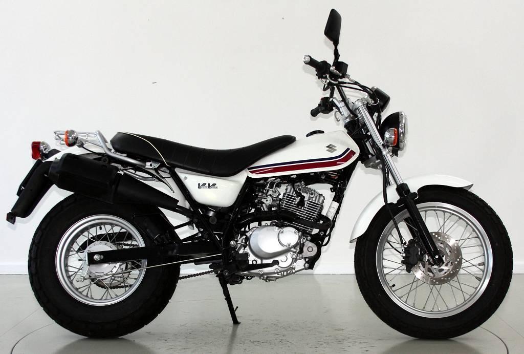 suzuki rv 125 vanvan 125 ccm motorr der moto center winterthur. Black Bedroom Furniture Sets. Home Design Ideas