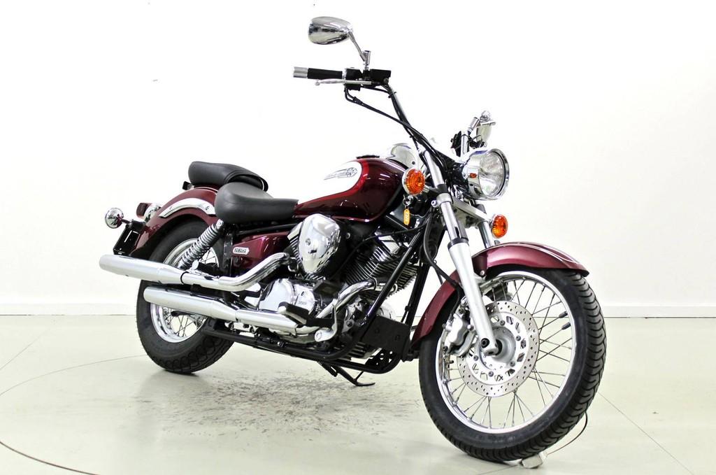 yamaha xvs 125 drag star 125 ccm motorr der moto center winterthur. Black Bedroom Furniture Sets. Home Design Ideas