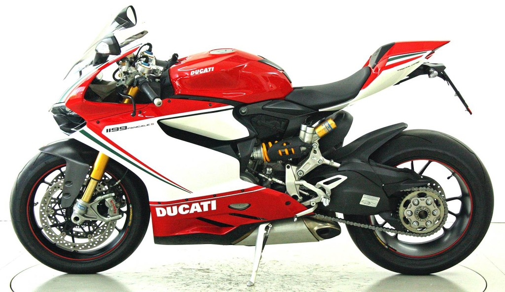 ducati 1199 panigale occasion motorr der moto center. Black Bedroom Furniture Sets. Home Design Ideas