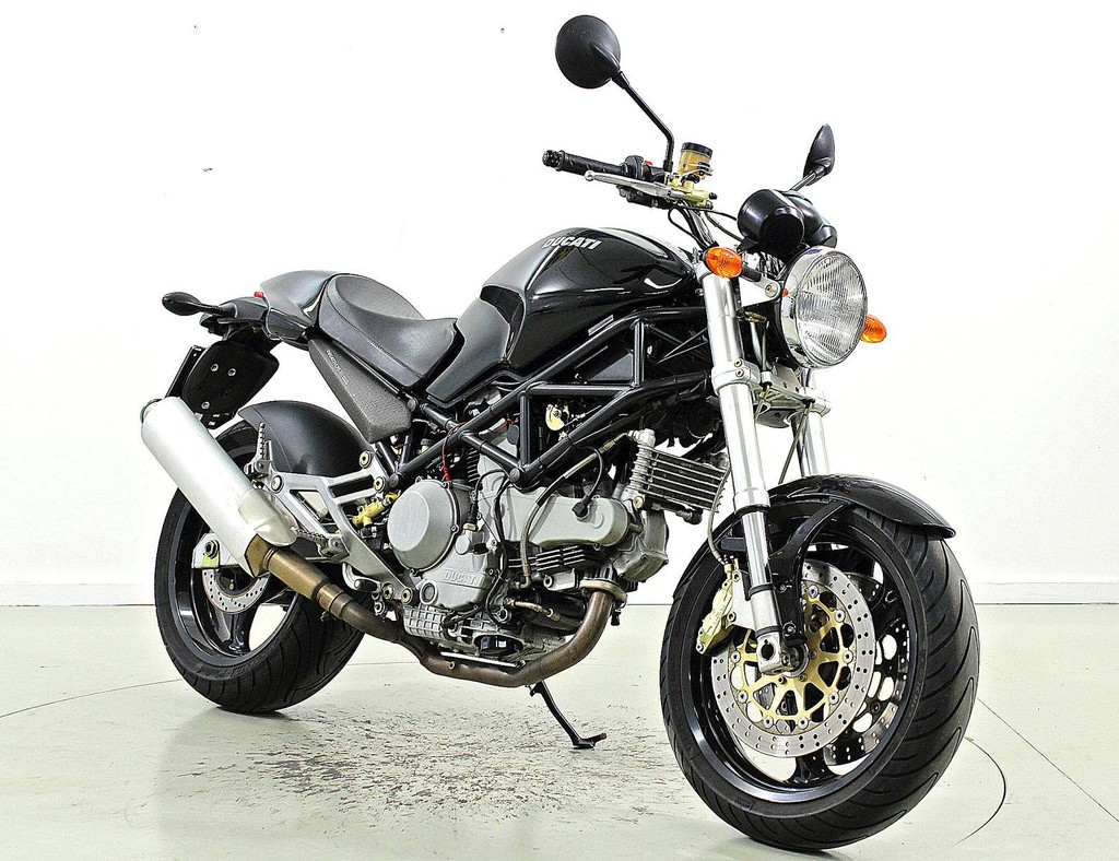 ducati monster 1000 ber 35 kw moto center winterthur. Black Bedroom Furniture Sets. Home Design Ideas