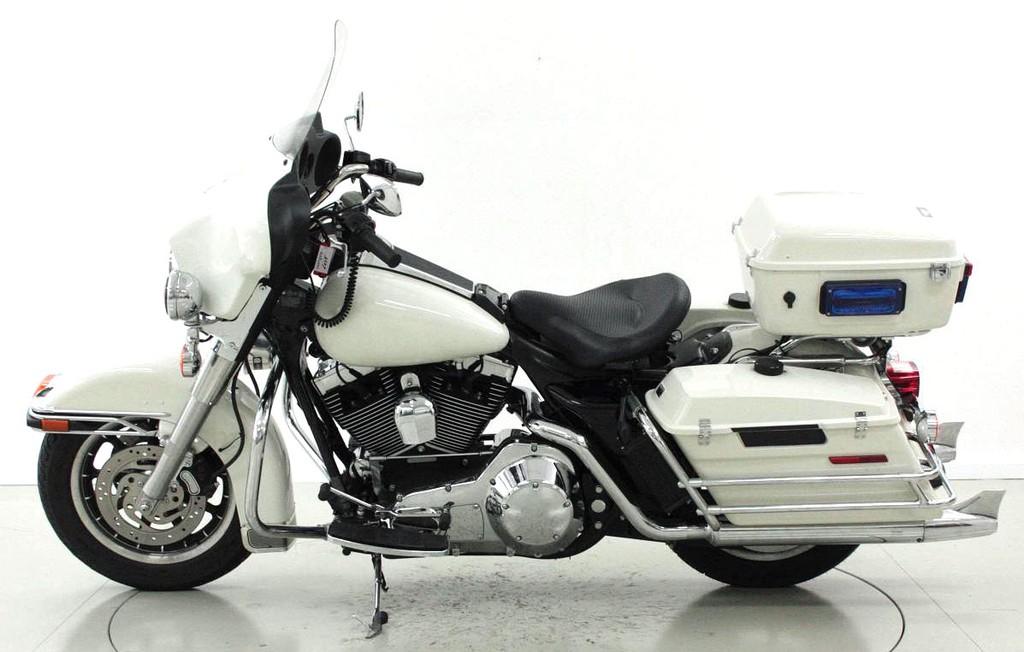 harley davidson electra glide occasion motorr der moto center winterthur. Black Bedroom Furniture Sets. Home Design Ideas