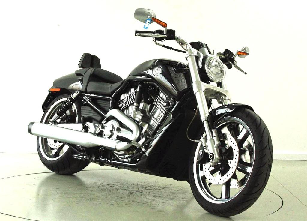 harley davidson vrscf 1250 v rod muscle abs occasion motorr der moto center winterthur. Black Bedroom Furniture Sets. Home Design Ideas