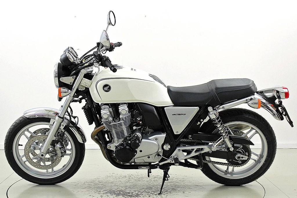 HONDA CB 1100 2013 1100 cm3 | moto roadster | 36 496 km