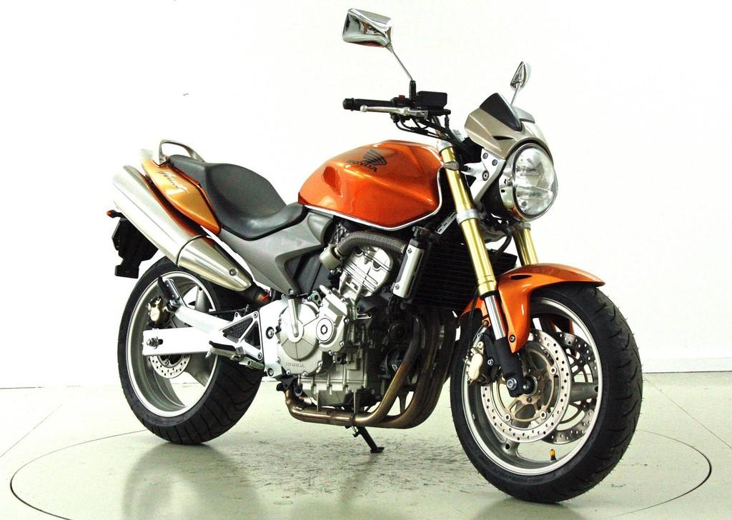 honda cb 600 f hornet occasion motorr der moto center winterthur. Black Bedroom Furniture Sets. Home Design Ideas