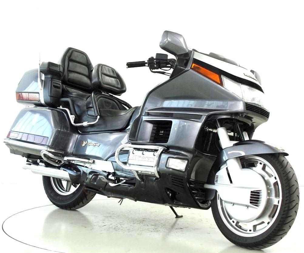 honda gl 1500 goldwing occasion motorr der moto center winterthur. Black Bedroom Furniture Sets. Home Design Ideas