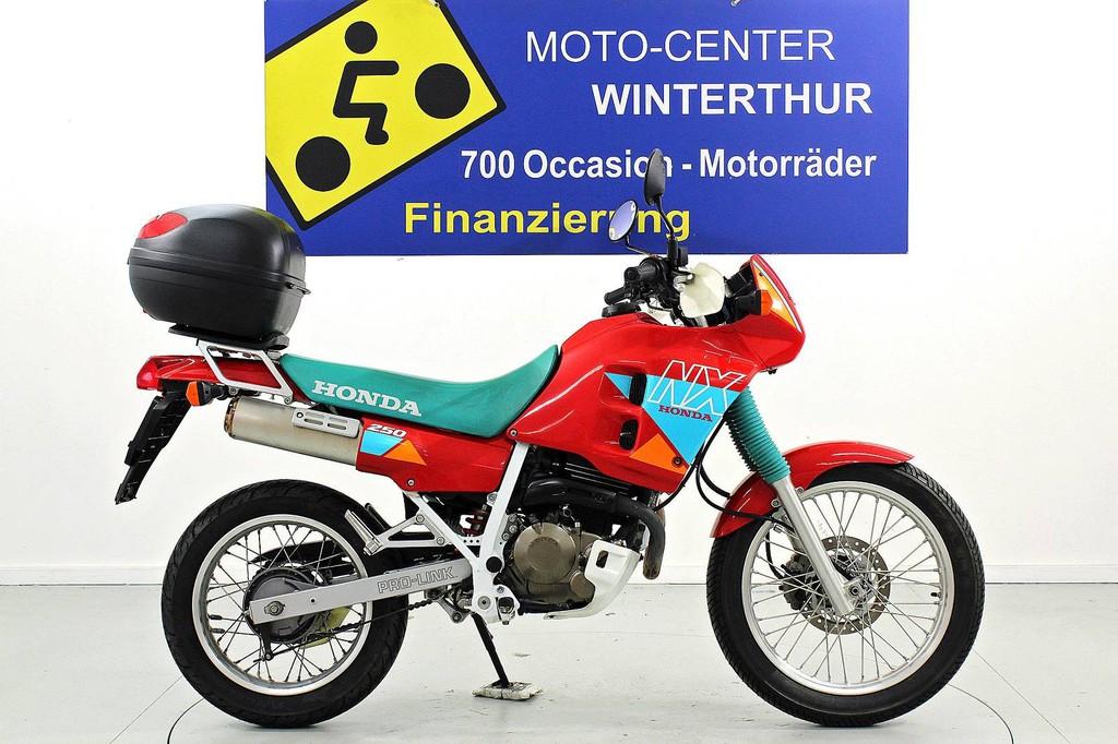Honda CBF 250 - bis 35 kW - Moto Center Winterthur