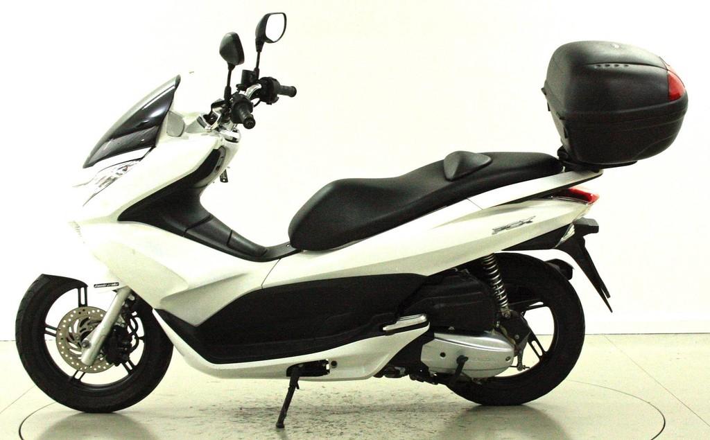 honda pcx 125 stop go occasion roller moto center. Black Bedroom Furniture Sets. Home Design Ideas