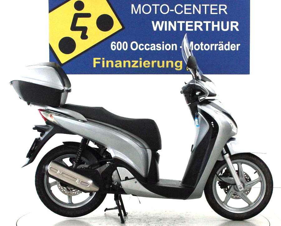 honda sh 125 occasion roller moto center winterthur. Black Bedroom Furniture Sets. Home Design Ideas
