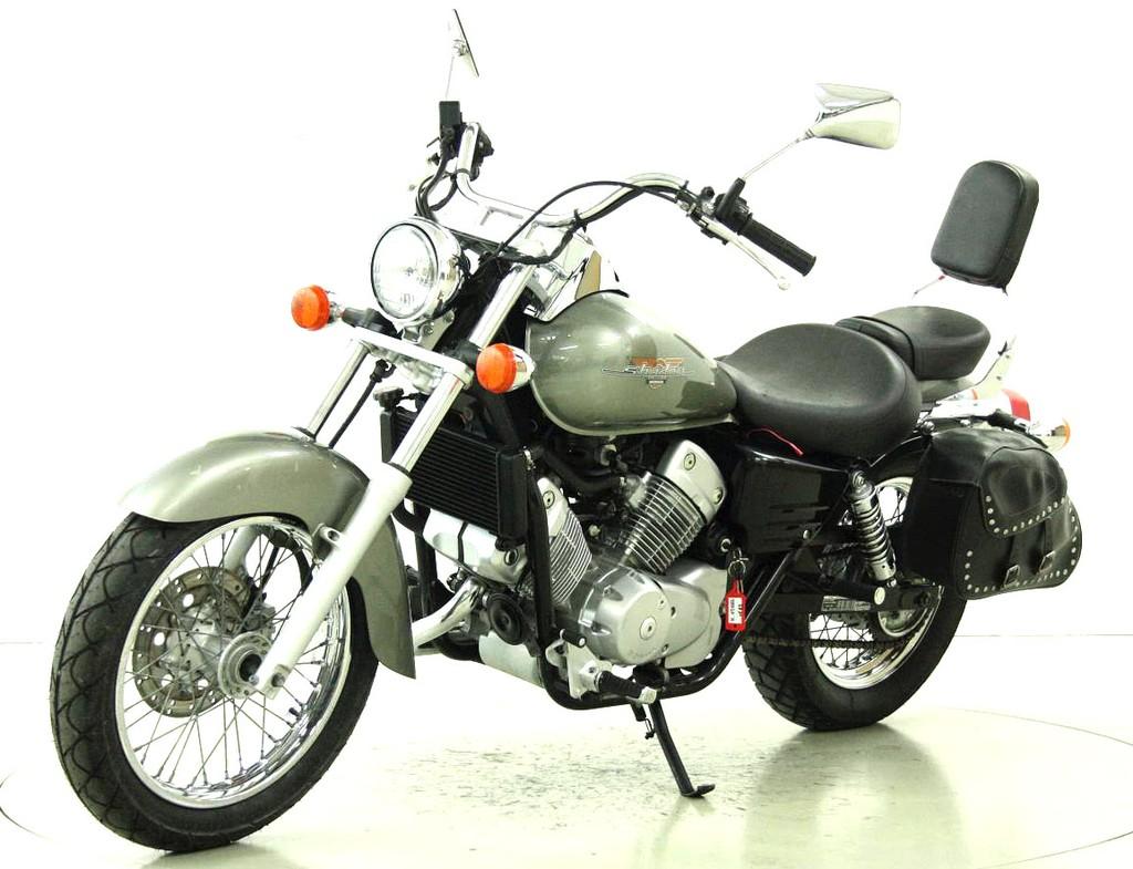 honda vt 125 c shadow 125 ccm motorr der moto center winterthur. Black Bedroom Furniture Sets. Home Design Ideas