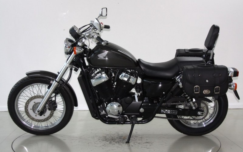 Honda Shadow 750 Occasion : honda vt 750 shadow rs occasion motorr der moto center winterthur ~ Medecine-chirurgie-esthetiques.com Avis de Voitures