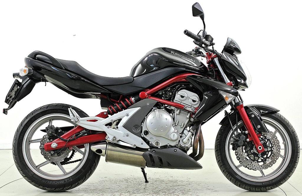 kawasaki er 6n abs occasion motorr der moto center winterthur. Black Bedroom Furniture Sets. Home Design Ideas