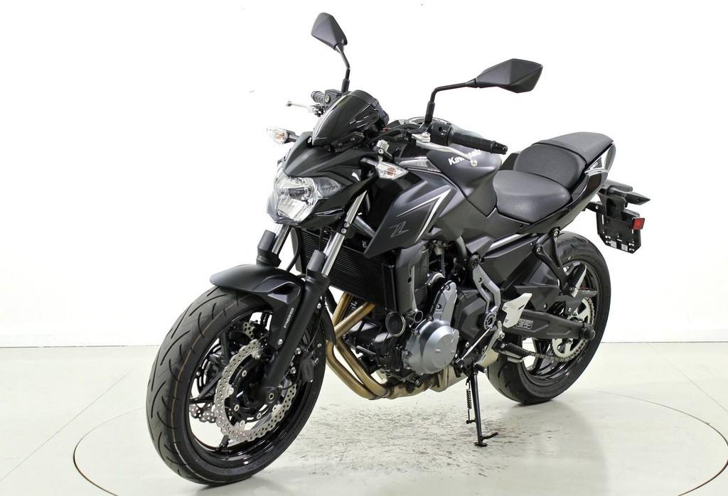 kawasaki z650 occasion motorr der moto center winterthur. Black Bedroom Furniture Sets. Home Design Ideas