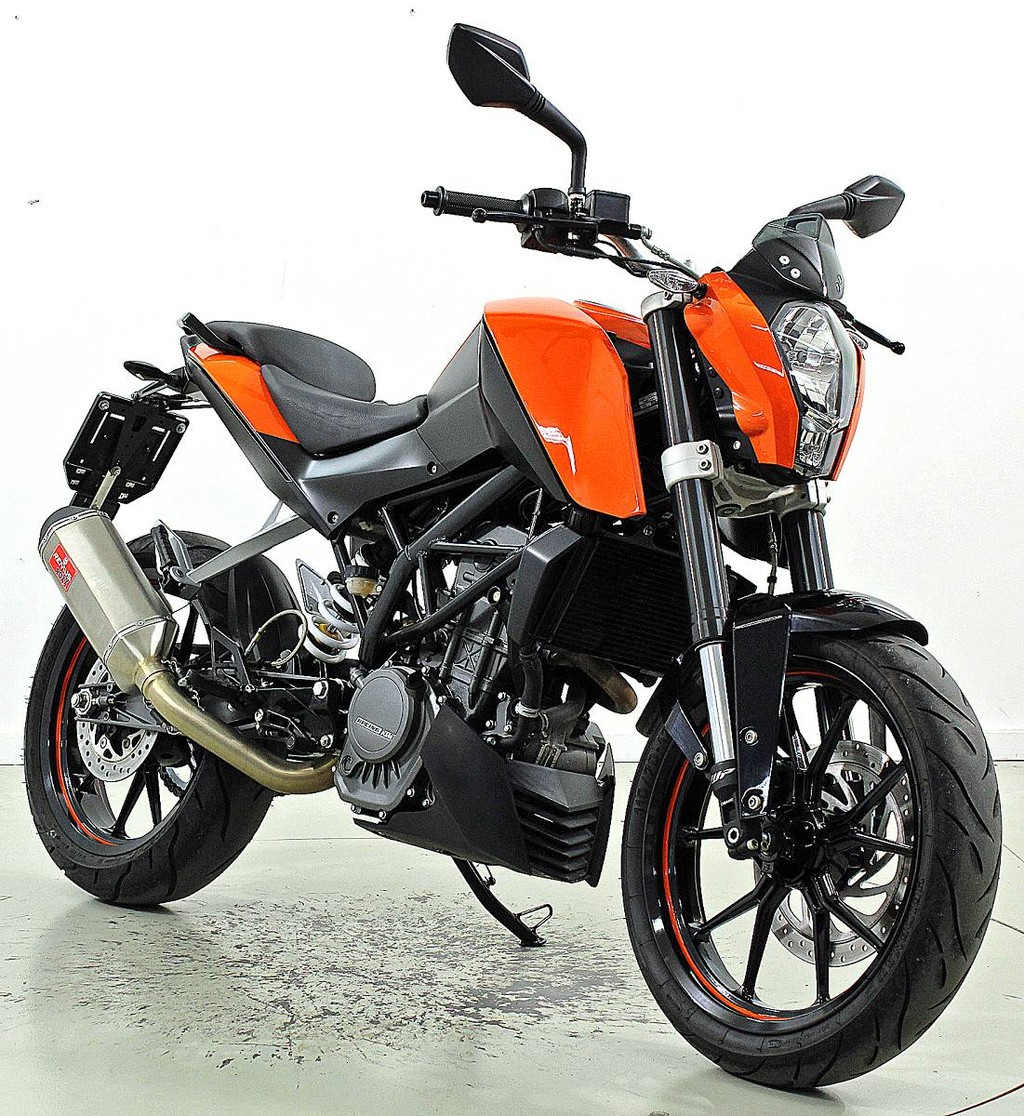 ktm 125 duke abs 125 ccm motorr der moto center winterthur. Black Bedroom Furniture Sets. Home Design Ideas