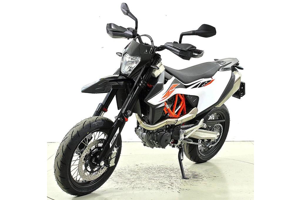ktm 690 smc r abs neu motorr der moto center winterthur. Black Bedroom Furniture Sets. Home Design Ideas
