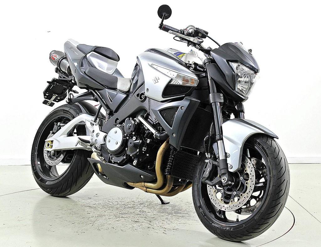 suzuki gsx 1300 b king occasion motorr der moto center winterthur. Black Bedroom Furniture Sets. Home Design Ideas