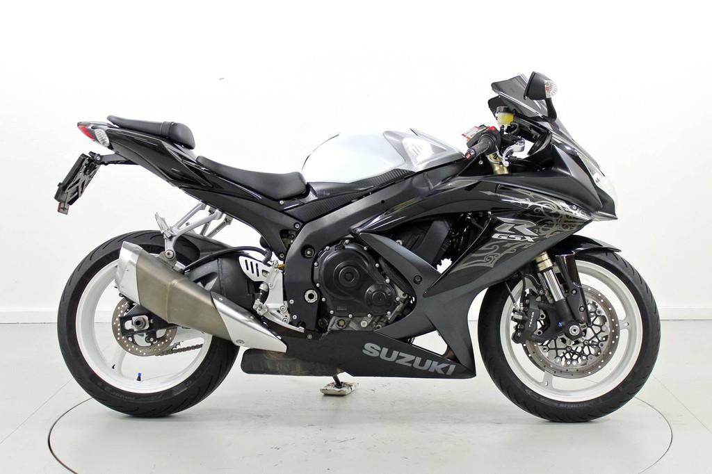 Suzuki GSX-R 600 - über 35 kW - Moto Center Winterthur