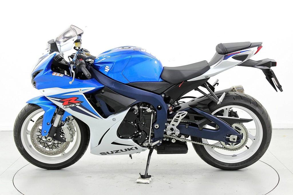 Suzuki GSX-R 600 K8-L0 - über 35 kW - Moto Center Winterthur