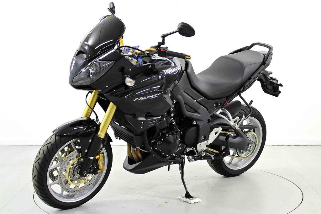 TRIUMPH TIGER 800 XC - Moto Dream Center