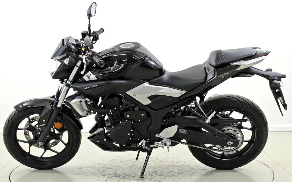 yamaha mt 03 abs bis 35 kw moto center winterthur. Black Bedroom Furniture Sets. Home Design Ideas