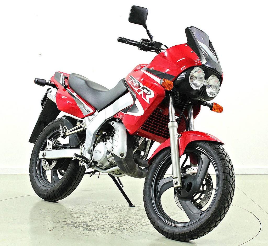 yamaha tdr 125 125 ccm motorr der moto center winterthur. Black Bedroom Furniture Sets. Home Design Ideas