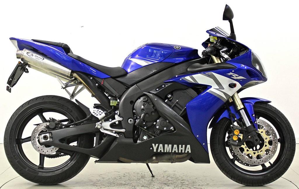yamaha yzf r1 ber 35 kw moto center winterthur. Black Bedroom Furniture Sets. Home Design Ideas